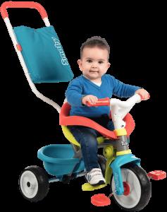 Petit garçon sur tricycle be move confort